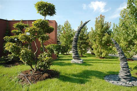 Kunstobjekte Für Den Garten by Gartenskulpturen Und Kunst F 252 R Den Garten ǀ Egli Gartenbau