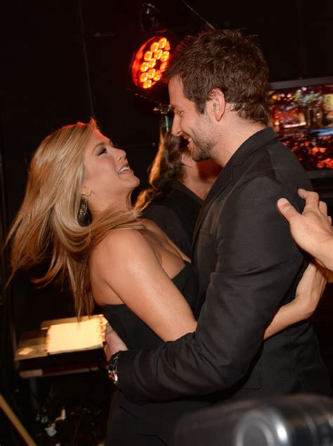 Jennifer Aniston and Bradley Cooper reunite at Awards | HELLO!
