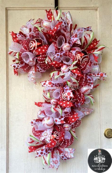 unique candy cane wreath ideas  pinterest candy