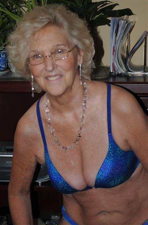 Mature beauty granny torrie
