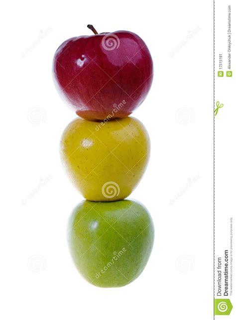 Una Manzana Del Verde, Roja Y Amarilla En Una Fila Imagen ...