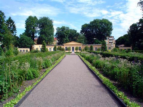 Garden : Linnaean Garden