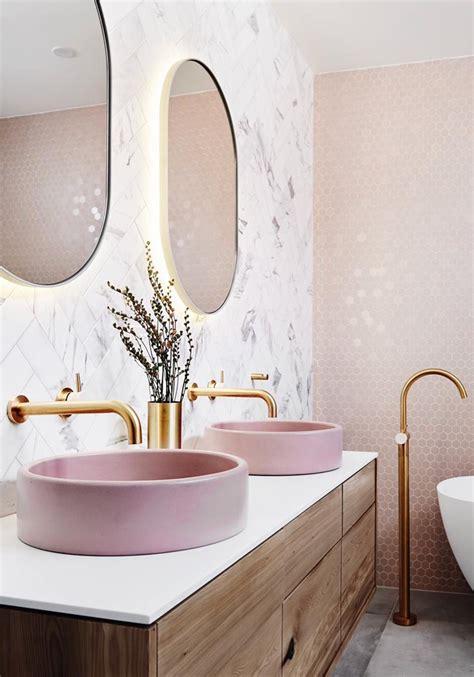 pink bathroom honestly wtf
