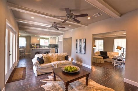 vacant home staging  ranch remodel traditional