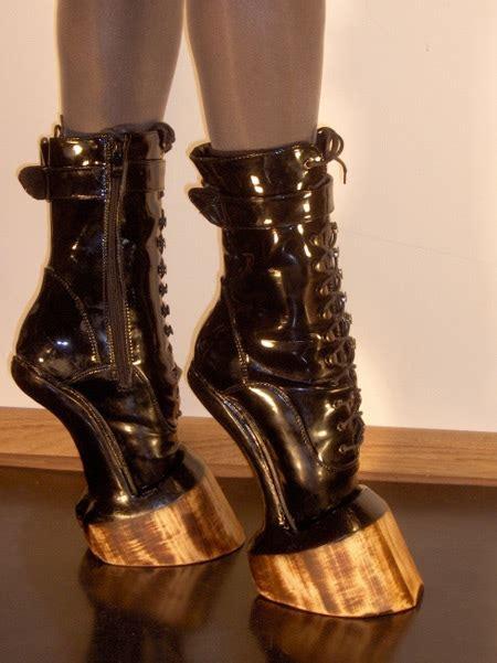 bilinick hoof heels