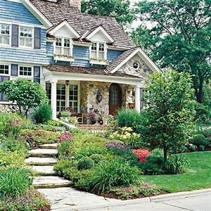28 beautiful small front yard garden design ideas style for Beautiful front yards with landscaping