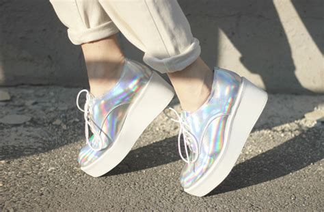 Nike Air Odyssey (iridescent)
