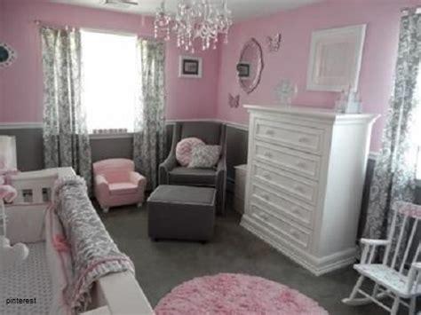 chambre et table d h e décoration chambre et gris