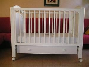 Lit Enfant Dimension : les 3 achats indispensables l 39 arriv e d 39 un enfant ~ Teatrodelosmanantiales.com Idées de Décoration