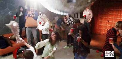 Rachel Berry Fiesta Glee Gifs Trainwreck Extravaganza
