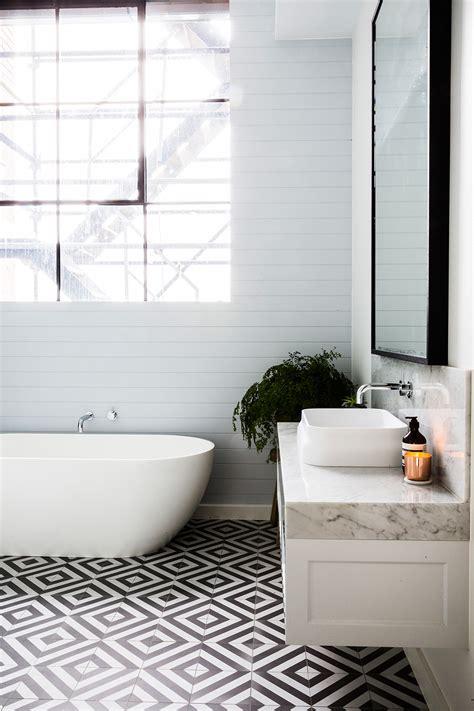 bathroom feature tile ideas 20 exles of minimal interior design 21 feature tiles