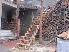 Dřevěné zábradlí svépomocí