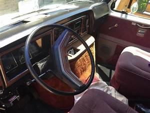 Ford E350 1983 Centurion