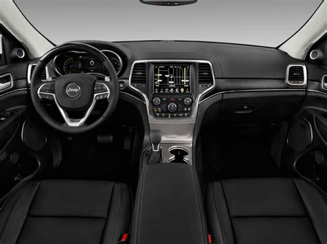 jeep cherokee dashboard image 2017 jeep grand cherokee summit 4x4 dashboard size