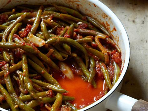 braised green beans  tomatoes  garlic recipe rita