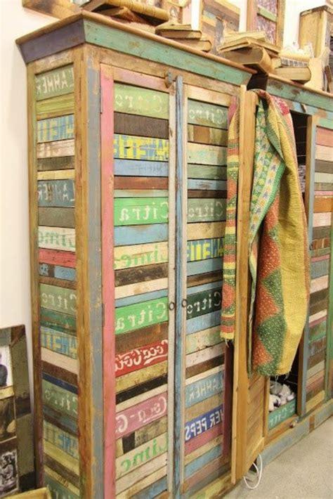 armoire blanche chambre l armoire ancienne pour votre demeure moderne