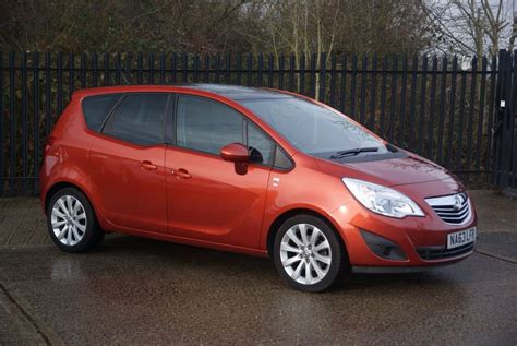 vauxhall orange used chilli orange metallic vauxhall meriva for sale essex