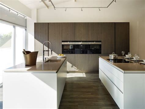 modern kitchens cabinets 25 best images about caesarstone 4230 shitake on 4230