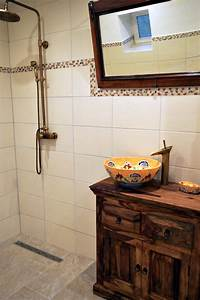 Waschtisch Holz Rustikal : waschtisch aus holz bilder ideen couch ~ Frokenaadalensverden.com Haus und Dekorationen