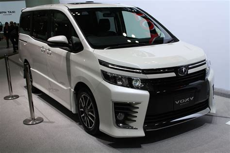 Toyota Voxy Photo by 2017 Toyota Voxy Has On Sale In Japan Autocarweek
