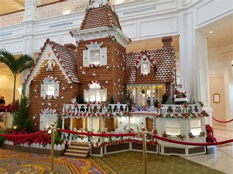 Must-see Christmas Season Items In Walt Disney World