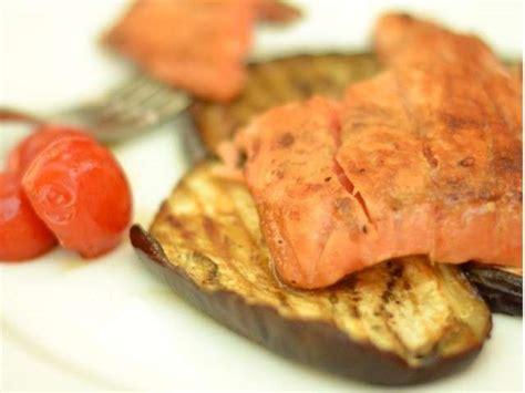 cuisiner le pavé de saumon recettes de pavé de saumon 12