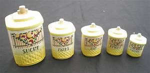 Pots à épices : belle s rie de pots anciens pices sucre p tes th pices poivre ~ Teatrodelosmanantiales.com Idées de Décoration