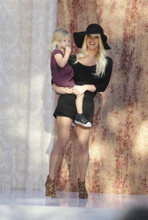 Mother Daughter Time Jessica Simpson Sparks Backlash