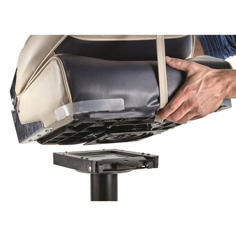 Jon Boat Seats And Mounts by Attwood Disconnect 6 25 Quot Swivel Boat Seat Mount