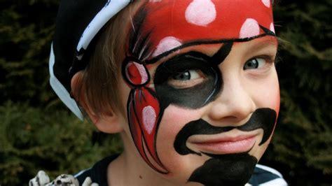 Pirat Schminken Für Karneval  Pirat Kinderschminken