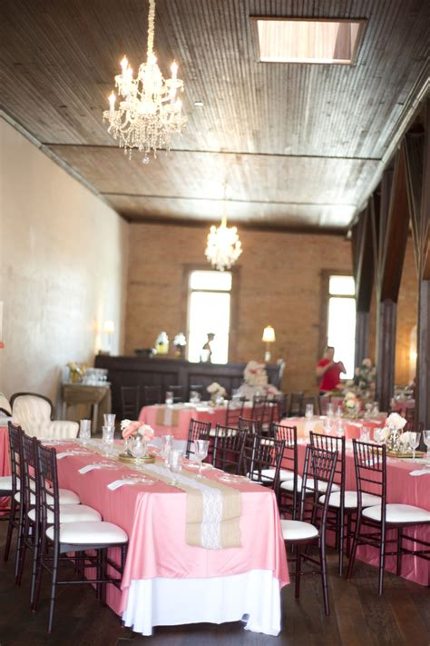 Table Shower Atlanta by The Corner District Wedding Venue Atlanta