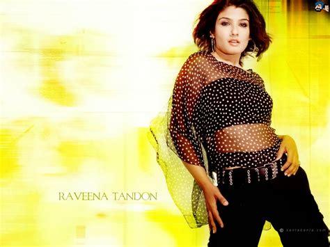 Tanushree Dutta Raveena Tandon Beautiful Hd Pictures