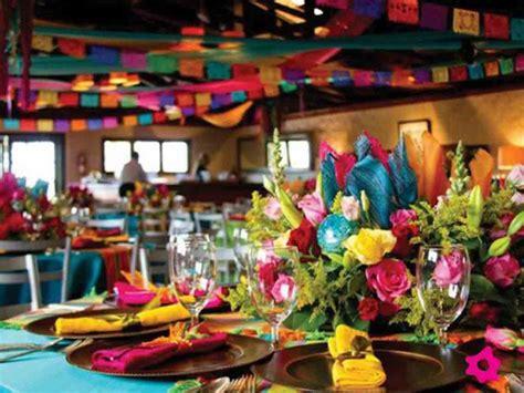 como organizar una fiesta mexicana comida  decoracion