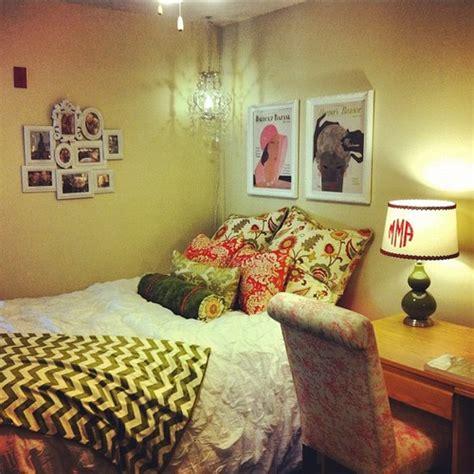 26 Colorful Cute Dorm Room Ideas Creativefan