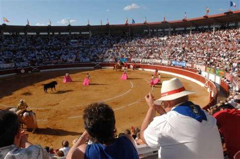 maintien de la corrida les r 233 actions dans le sud ouest