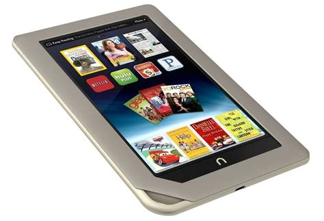 barnes noble nook barnes noble s nook tablet is ready to fight with kindle