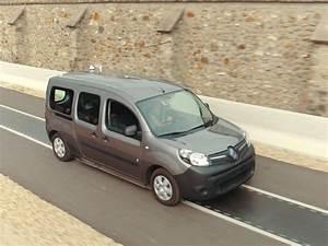 Vibration Voiture En Roulant : recharger sa voiture lectrique en roulant c 39 est pour bient t ~ Gottalentnigeria.com Avis de Voitures