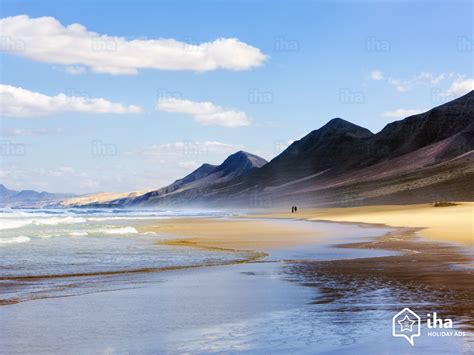 Fuerteventura rentals in a villa for your vacations with IHA
