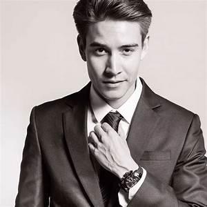 Top 11 Trendy Asian Men Hairstyles 2018