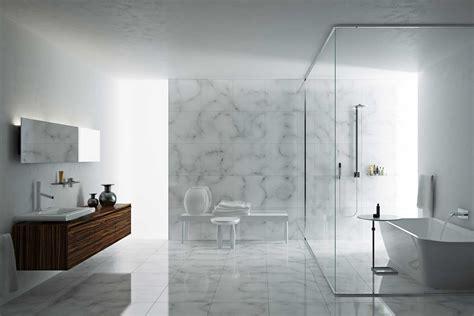 Bathroom: Unique Gallery For Bathroom Decor Using