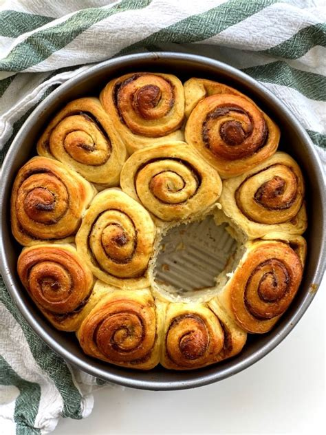 Also known as japanese milk rolls or hokkaido milk bread, these yeasted rolls are as soft, tender and pillowy as they come. Hokkaido Milk Bread Rolls with Pistachio, Cardamom, and Honey | Recipe in 2020 (With images ...