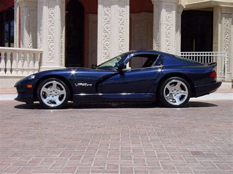 2001 Dodge Viper GTS Sapphire Blue Side - Picture Gallery ...