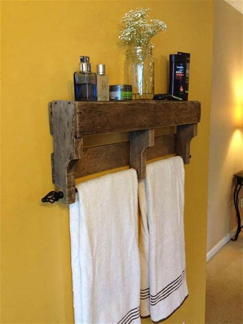 beautiful diy bathroom pallet projects   rustic