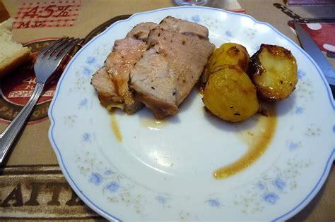 cuisiner un roti de veau rôti de veau aux pommes de terre les délices de baradozic
