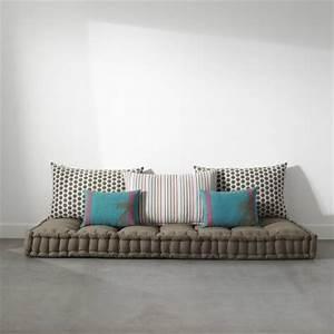 Matelas futon coussin de sol capitonne detente et for Décoration chambre adulte avec couchage d appoint futon