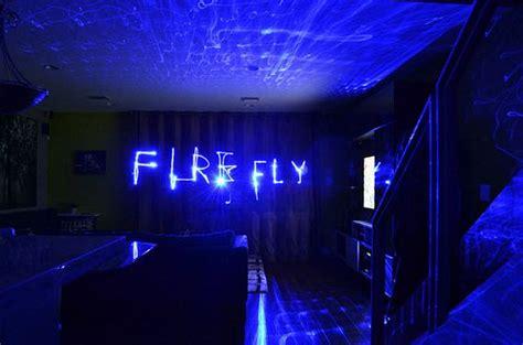 blue laser lamp illuminates  room  hundreds