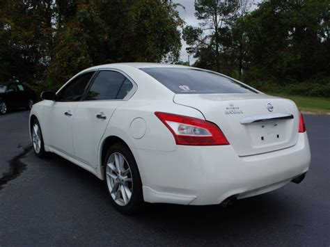 Nissan Maxima All Wheel Drive by Nissan Maxima 2009 White Sedan 3 5 S Gasoline 6 Cylinders