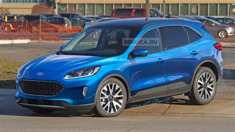 images    ford kuga  model appeared