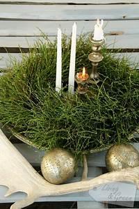 Weihnachtsdeko Draußen Basteln : kranz aus heidelbeerkraut weihnachtsdeko kranz ~ A.2002-acura-tl-radio.info Haus und Dekorationen
