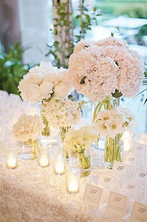 wedding centerpieces flowers 25 best ideas about white floral arrangements on table flower arrangements simple